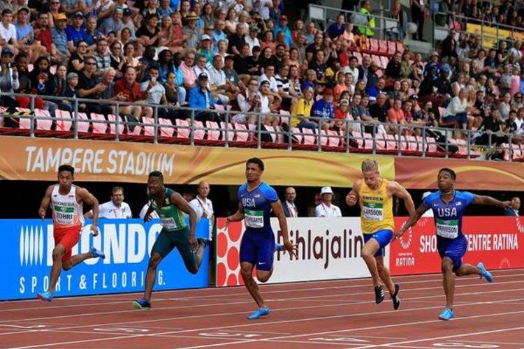 Sprinter Indonesia, lalu Muhammad Zohri (kiri) di final 100 meter kejuaraan Dunia U20 IAAF