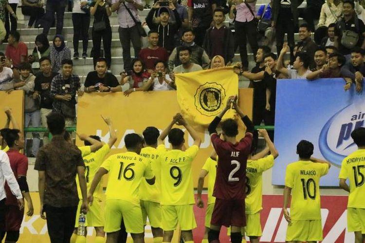 Final ideal   LIMA Futsal: Kaskus Central Java and Special Region of Yogyakarta Conference 2018 antara Universitas Tunas Pembangunan (UTP) dengan Universitas Negeri Yogyakarta (UNY) sukses menghibur penonton.
