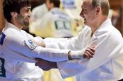 Juara Judo Rusia Buat Putin Cedera Jari