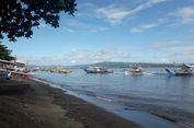 Menikmati Pemandangan Pulau Lembeh, Benteng Kota Bitung