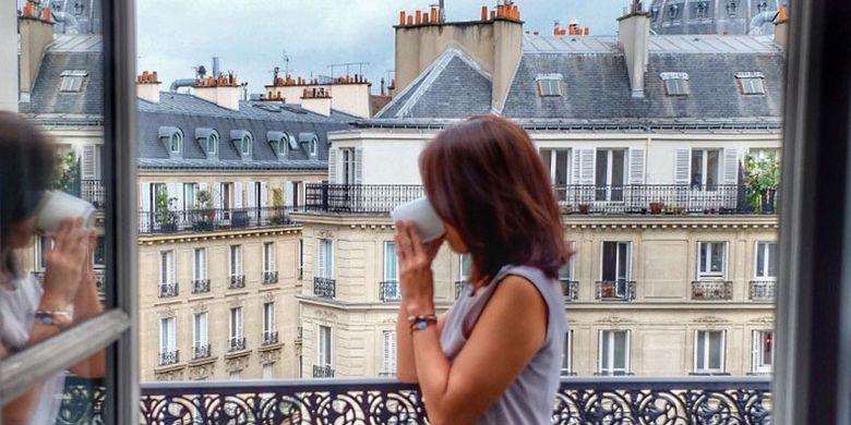 Pemandangan kota Paris dari hotel.