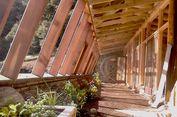 Membangun Rumah dari Sampah