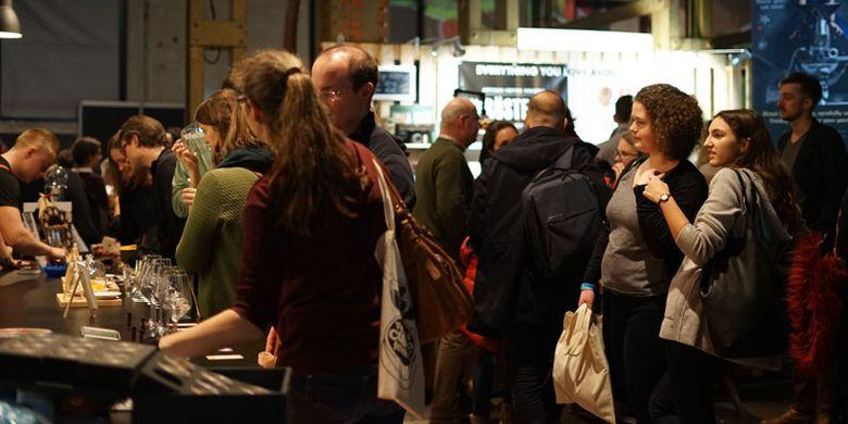 Vienna Coffee Festival berlangsung 11-13 Januari 2019. Festival kopi ini menjadi ajang bagi perusahaan, kedai kopi, dan negara pengusaha kopi untuk mempromosikan keunggulan produk masing-masing. Indonesia pun tak mau ketinggalan.