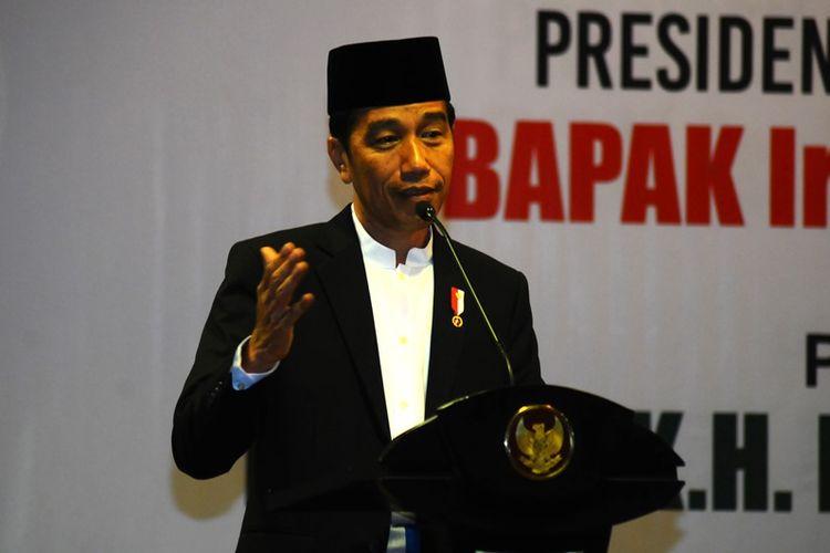 Jokowi Akui Mahfud MD, TGB dan Airlangga Masuk Bursa Cawapresnya