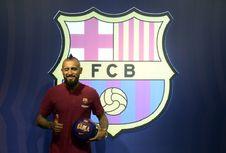 Arturo Vidal Tak Sabar Main Satu Tim dengan Messi dan Suarez