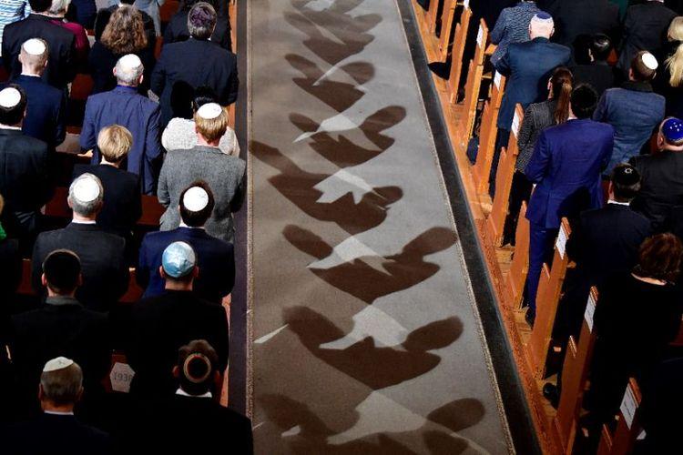 Warga Yahudi di Berlin, Jerman. (AFP/TOBIAS SCHWARZ)