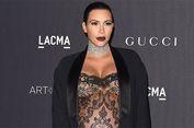 Demi Produk Parfum, Kim Kardashian 'Pamerkan' Tubuhnya