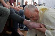 Peringatan Kamis Putih, Paus Fransiskus Basuh dan Cium Kaki 12 Napi