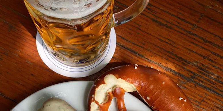 Sarapan siang ala Bavarian.