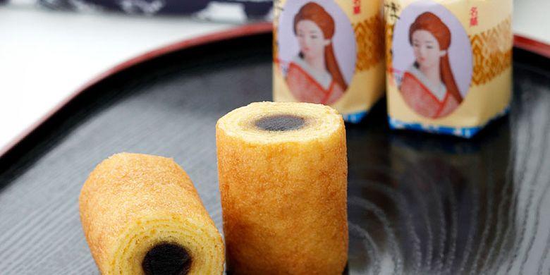 Kue baumkuchen di Fukuoka, Jepang ini berukuran kecil dan pertama kali diproduksi pada 1972 serta masih digemari sampai sekarang.