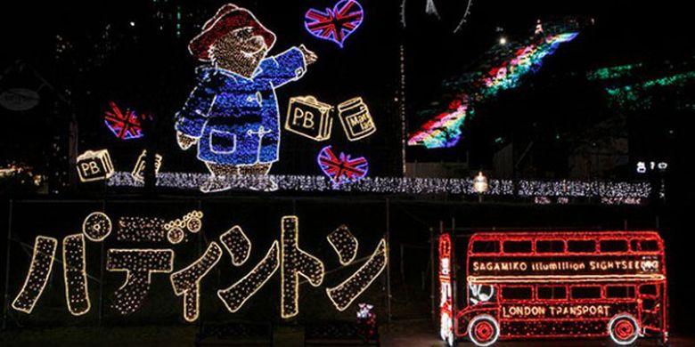 Paddington Bear yang merupakan maskot dari Sagami-ko Resort Pleasure Forest pun muncul dalam bentuk video pada Festival Sagami-ko Ilumination. Ini merupakan event iluminasi terbesar di daerah Kanto (Tokyo dan sekitarnya).