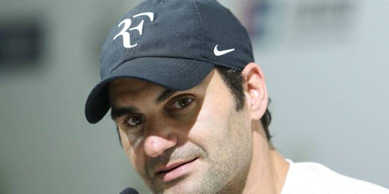 Pindah ke Uniqlo, Roger Federer Minta Logo