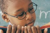 Bukan Mitos, Orang Berkacamata Lebih Cerdas dan Berumur Panjang