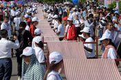 Syal Tenun Sepanjang 1.149 Meter di Kamboja Pecahkan Rekor Guinness