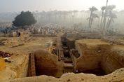 Di Antara Dua Piramida, Arkeolog Temukan 800 Makam Mesir Kuno