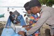 Kisah Polisi Kenalkan Laptop dan Internet kepada Anak Nelayan di Buton Selatan