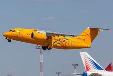 Kesalahan Pilot Diduga Jadi Penyebab Jatuhnya Pesawat Penumpang Rusia