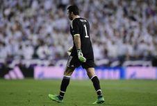 Ditawari ke Porto, Buffon Pikir-pikir