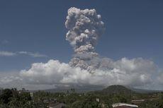 Keluarkan Gumpalan Asap, Status Gunung Mayon di Filipina Meningkat