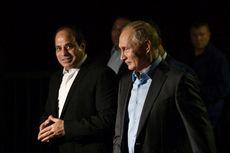 Sambil Kemudikan Mobil Aurus, Putin Pamer Sirkuit F1 ke Presiden Mesir