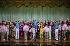 Puji Sang Penguasa, Anak-anak Korut Sebut Kim Jong Un sebagai Ayah