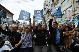 Ribuan Warga Taiwan Berunjuk Rasa Tuntut Merdeka dari China