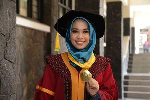 [POPULER NUSANTARA] Skripsi #2019GantiPresiden | Hari Pertama Kerja Gubernur Jatim Khofifah