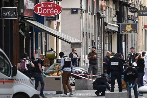Terjadi Ledakan Bom di Perancis, 13 Orang Terluka