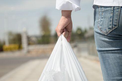 Tahap Awal, Denda Penggunaan Kantong Plastik di DKI Baru untuk Pengusaha