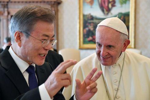 Paus Fransiskus Siap Berkunjung ke Pyongyang asal...