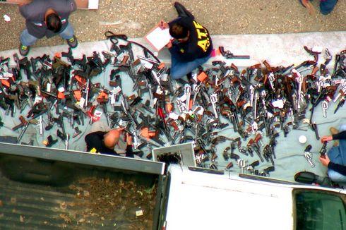 1.000 Senjata Ditemukan di Sebuah Rumah Dekat Playboy Mansion LA