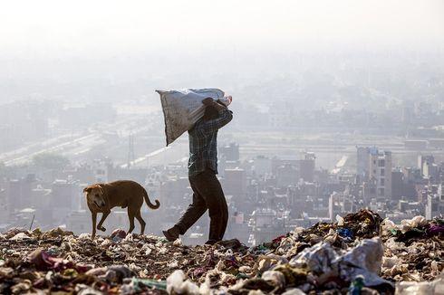 Tinggi Gunung Sampah di New Delhi Sudah Melampaui Taj Mahal