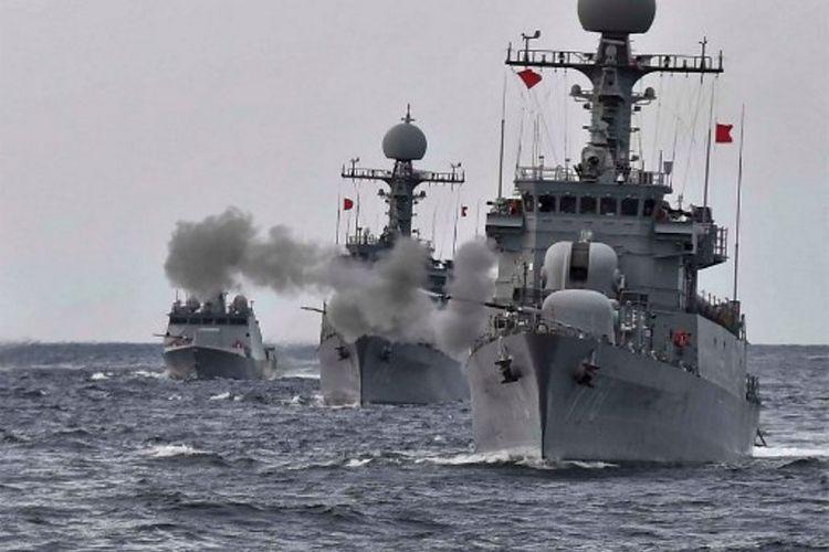 Salah satu kapal tipe penghancur milik Korsel. Seoul mengirimkan armada berisi tujuh kapal perang untuk bergabung dengan AS dalam rangka unjuk kekuatan menghadapi Korea Utara