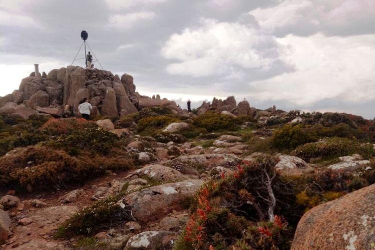 Beginilah kondisi di salah satu sudut di puncak Gunung Wellington, Hobart, Tasmania.