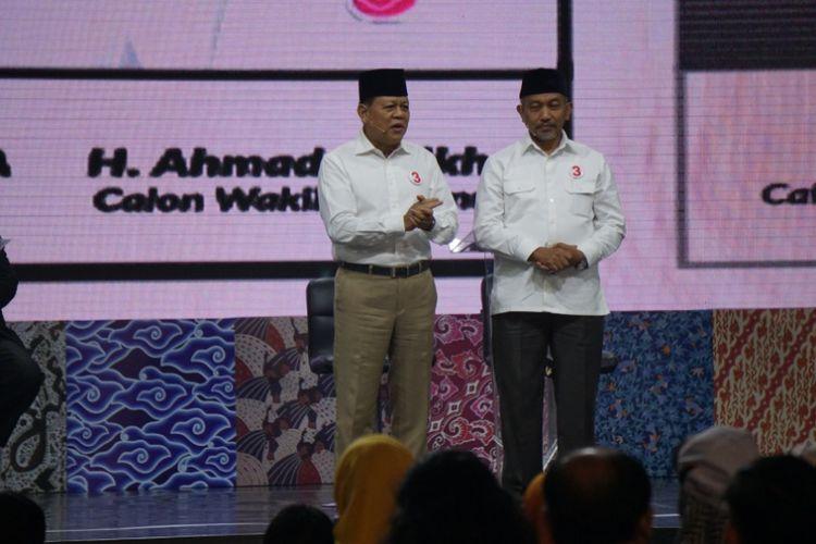 Pasangan calon gubernur-wakil gubernur Jawa Barat, Sudrajat-Ahmad Syaikhu dalam debat publik Pilgub Jabar terakhir, Jumat (22/6/2018).