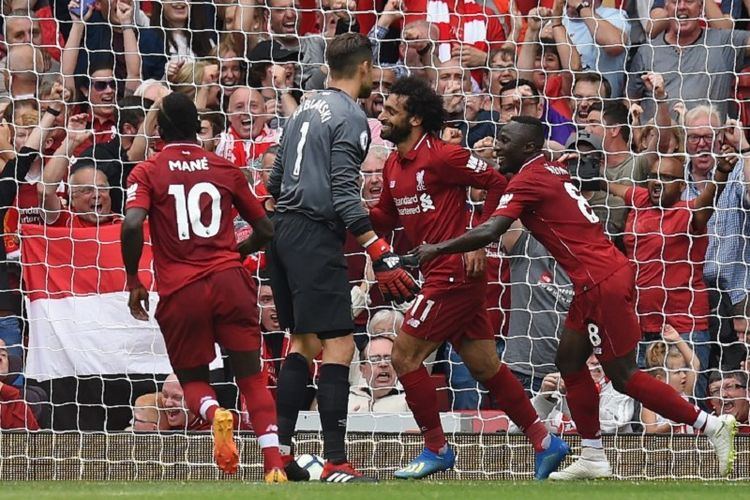 Mohamed Salah merayakan gol Liverpool ke gawang West Ham United pada pertandingan pekan pertama Premier League di Stadion Anfield, 12 Agustus 2018.