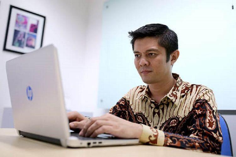 Wikipediawan pencinta bahasa Indonesia, Ivan Lanin