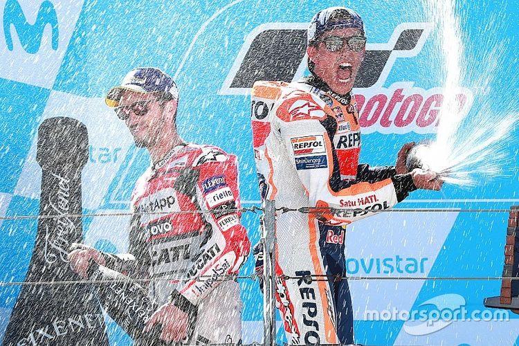 Marc Marquez dan Andrea Dovizioso di podium Aragon 2018.