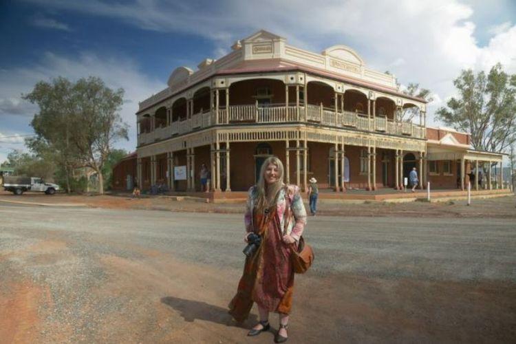 Hotel pertama milik pemerintah di Australia Barat, State Hotel, dibangun di Kota Gwalia pada1903. Kini dibuka kembali untuk umum. (ABC Goldfields/ Rhiannon Stevens)