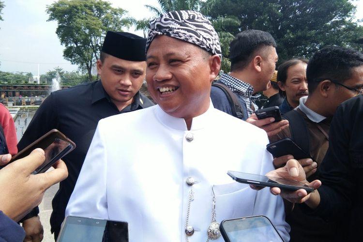 Wakil Gubernur Jawa Barat Uu Ruzhanul Ulum saat menghadiri upacara Hari Bakti PU ke-73 di Gedung Sate, Jalan Diponegoro, Senin (3/12/2018).