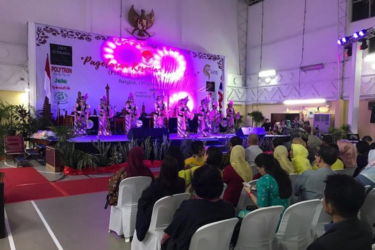 KBRI Bangkok, di Thailand, menggelar pertunjukkan seni Nusantara dari  Jaya Suprana School of Performing Arts, Sabtu (15/12/2018). (KBRI Bangkok)