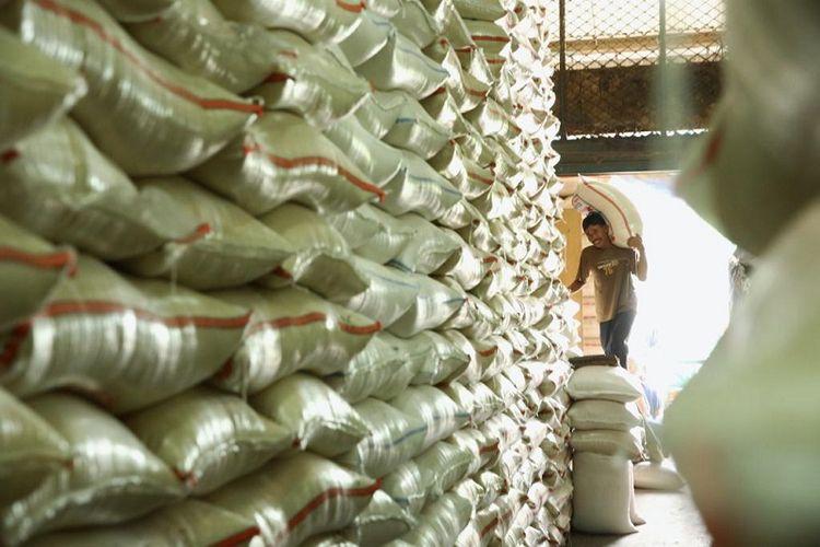 Volume ekspor pada tahun 2018 jumlahnya meningkat sebanyak 42,5 juta ton atau dengan kata lain lebih tinggi jika dibandingkan dengan volume ekspor pada tahun 2017 yang hanya mencapai 41,3 juta ton.