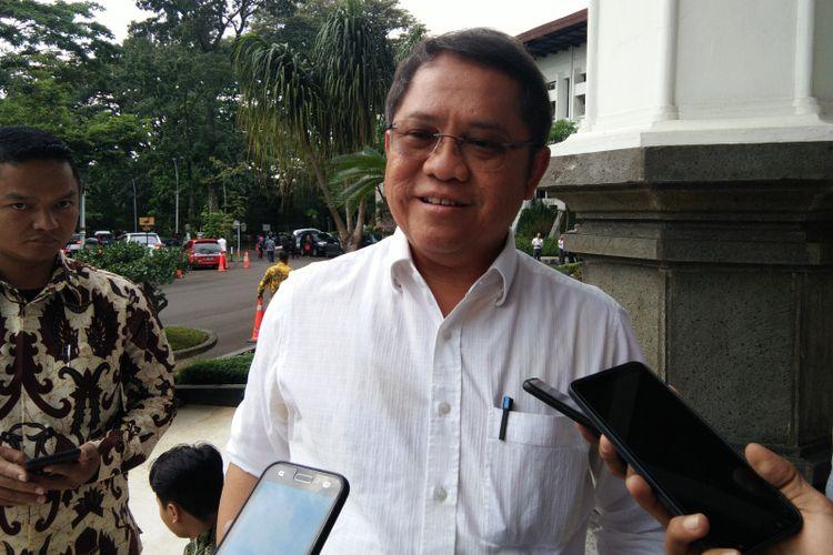 Menkominfo Rudiantara saat ditemui wartawan di Gedung Sate, Jalan Diponegoro, Jumat (22/2/2019).