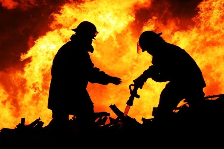 ilustrasi pemadam kebakaran. (Shutterstock)