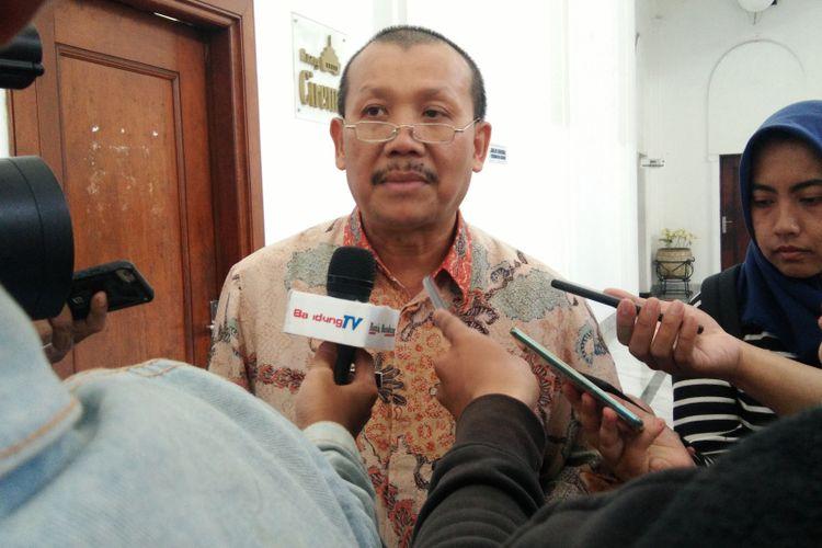 Sekretaris Daerah Jawa Barat Iwa Karniwa saat ditemui di Gedung Sate, Jalan Diponegoro, Selasa (12/2/2019).