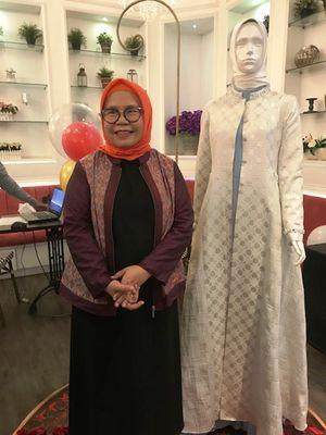 Spirit Baru dalam 30 Tahun Perjalanan Busana Muslim Shafira - Kompas.com d768574869
