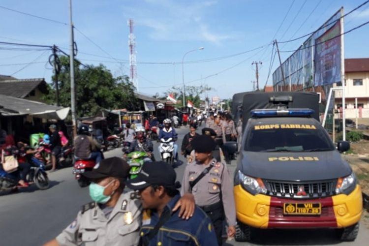 Situasi saat deklarasi Relawan GAGAK dukung Prabowo-Sandiaga bubar di Stadion Mini, Tambun Utara, Kabupaten Bekasi, Minggu (16/9/2018).