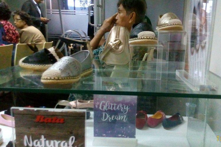 Produk sepatu Bata untuk konsumen perempuan. Produk untuk perempuan di Bata masuk dalam kategori fashion.