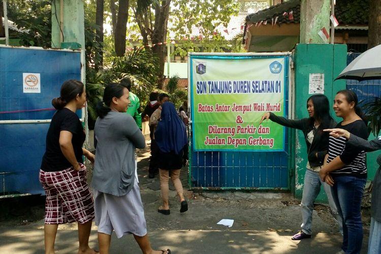 SD Negeri Tanjung Barat Selatan O1, Jakarta Barat, Rabu (13/9/2017).