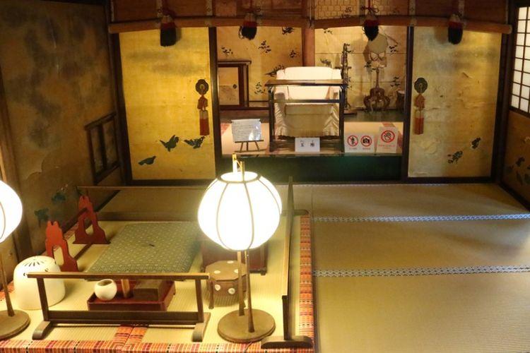 Yushinden, ruangan khusus keluarga bangsawan di dalam Dogo Onsen di Kota Matsuyama, Prefektur Ehime, Jepang.
